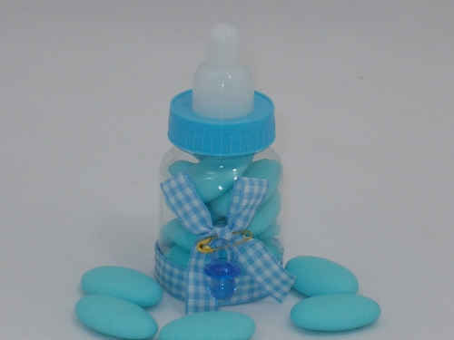 Gastgeschenk Bomboniere Babyflaschen blau gefüllt mit 5 Confetti u. Namenskärtchen