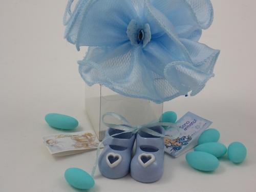 Bomboniere Porzellanschuhe blau mit Herz