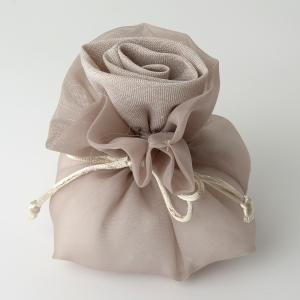 Mandelsäckchen naturfarben mit einer Rose