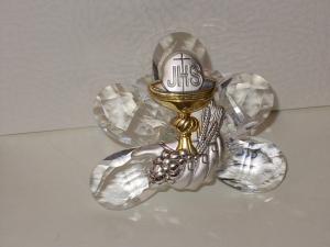 Ovale aus Kristall mit Kelch