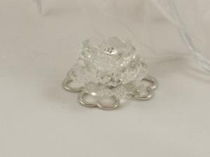 Bomboniere 4 Herzen als Glücksbringer mit Kristallblüte